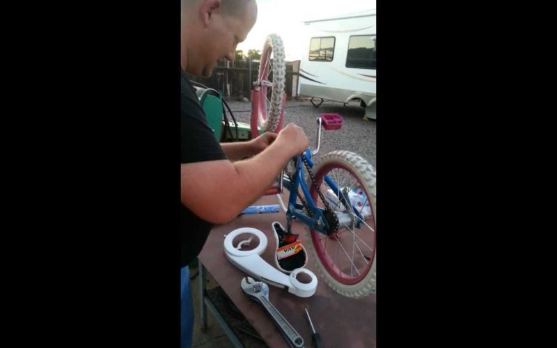 How To Fix A Bicycle Chain And Handlebars