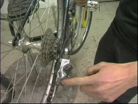 Basic Bicycle Repairs : How to Adjust a Bicycle Rear Derailer